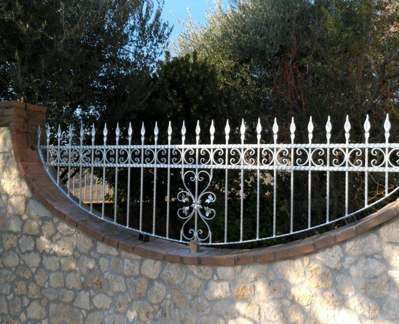 recinzione in ferro con zincatura a caldo