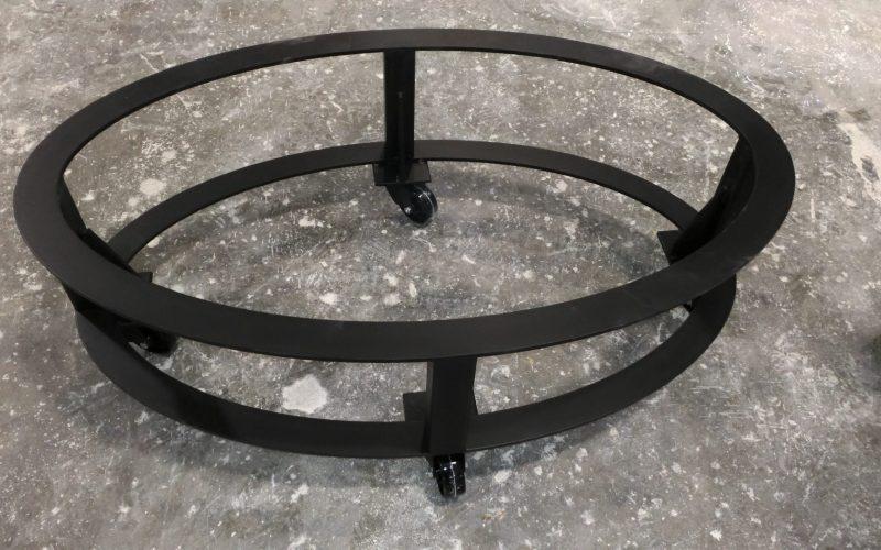 base tavolino in ferro verniciato con ruote